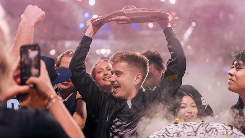 nominasi-the-game-awards-2019-esports-team